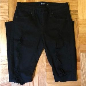 Blacked ripped skinny jeans